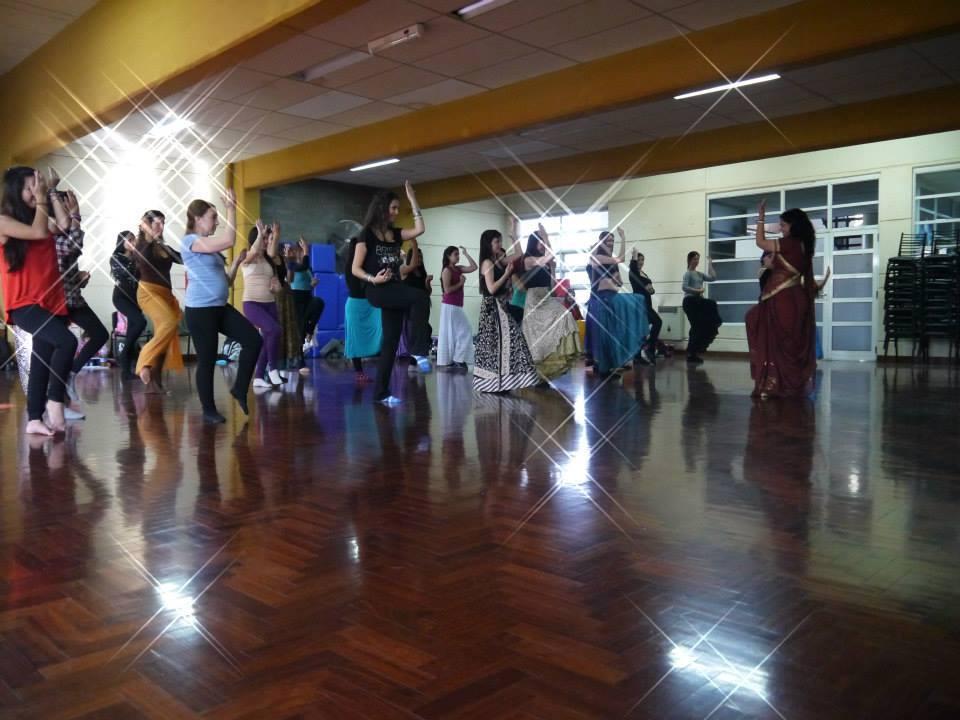 Seminario organizado por India en Mendoza dictado por la maestra India Manisha Chauhan